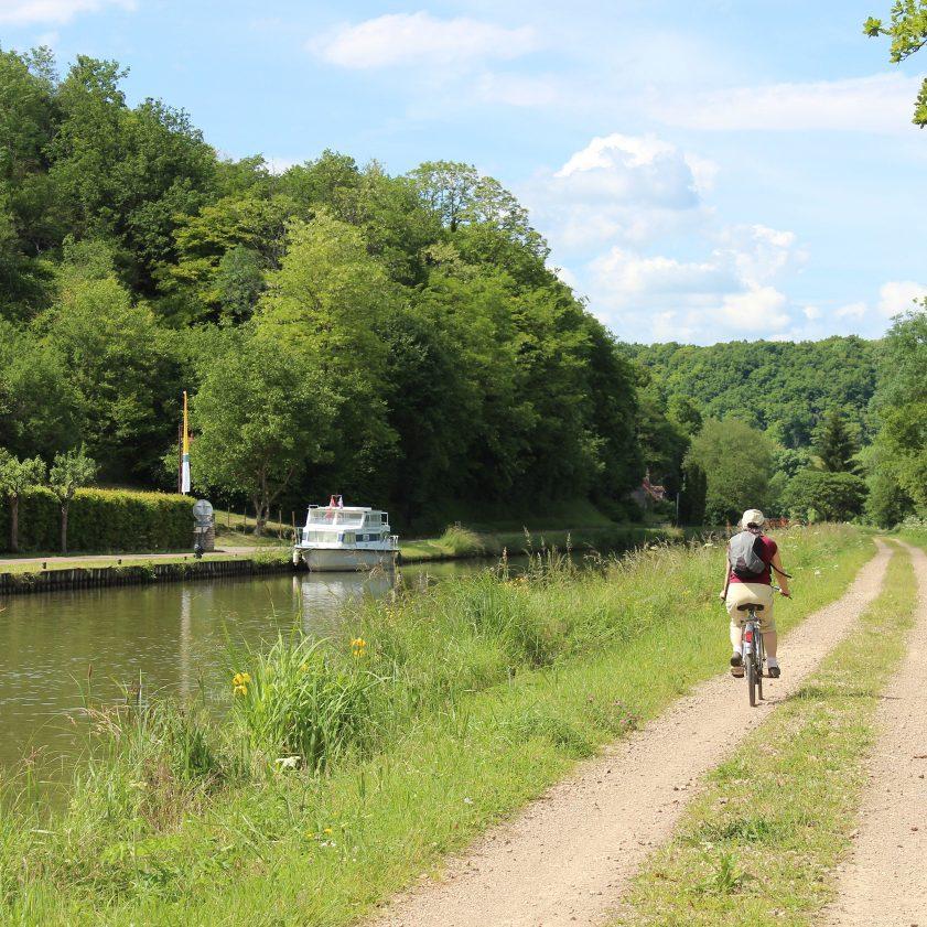 Canal et vélo